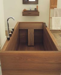 Geo Standard Teak Wood Bath Tub