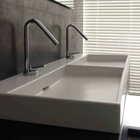 Urban 120 Ceramic Sink