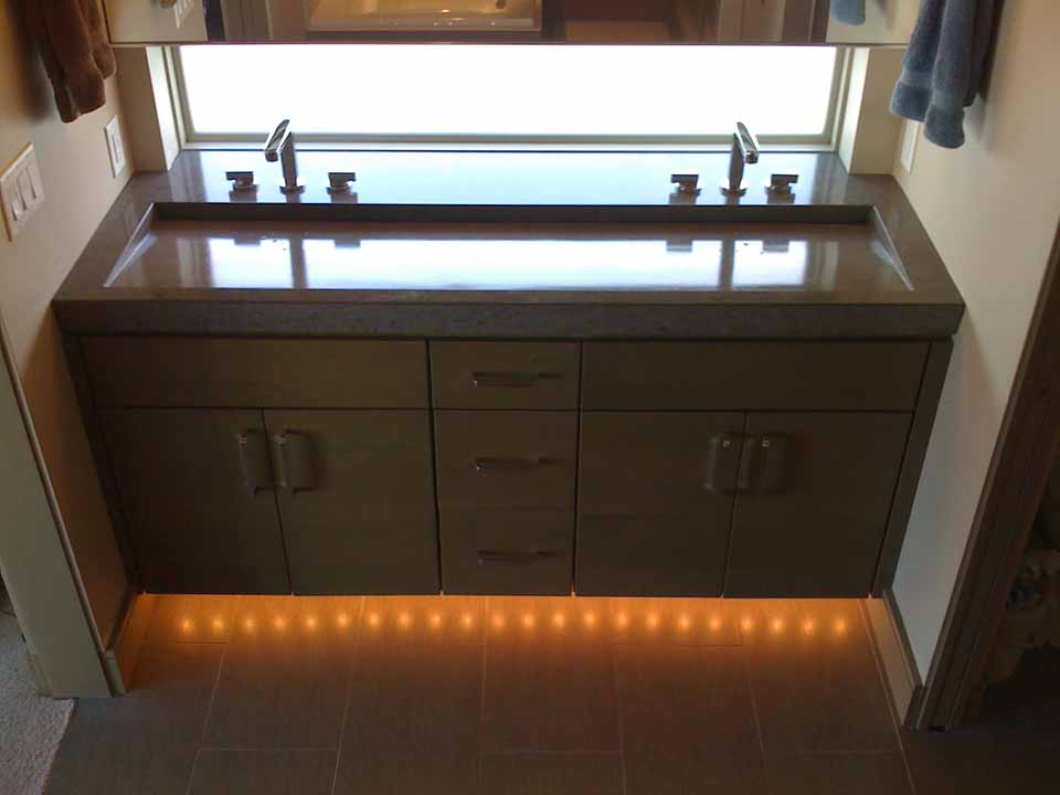 Picture of Ramp Integral Stone Sink