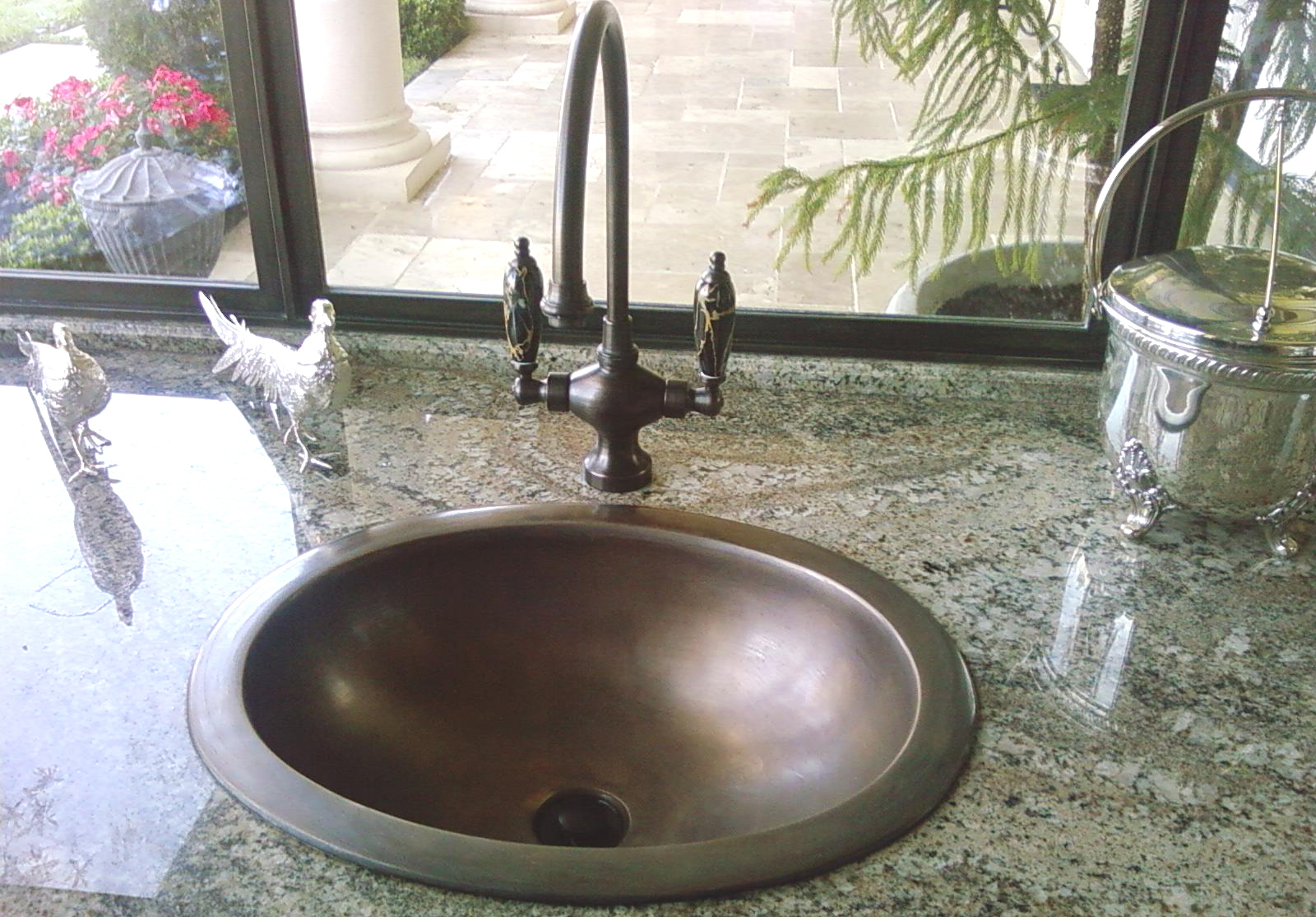 """Picture of 16"""" Oval Bronze Bath Sink"""
