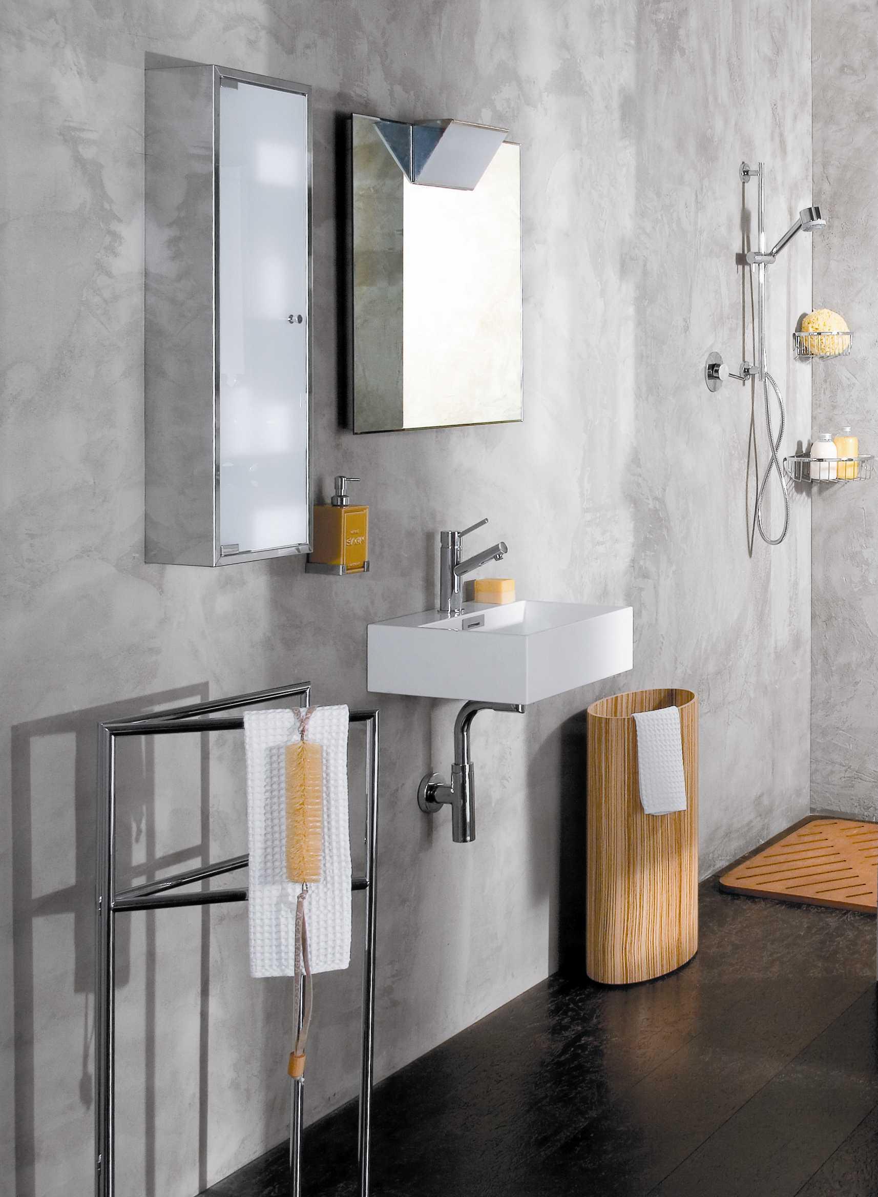 """Picture of Quarelo 13"""" Italian White Ceramic Sink"""