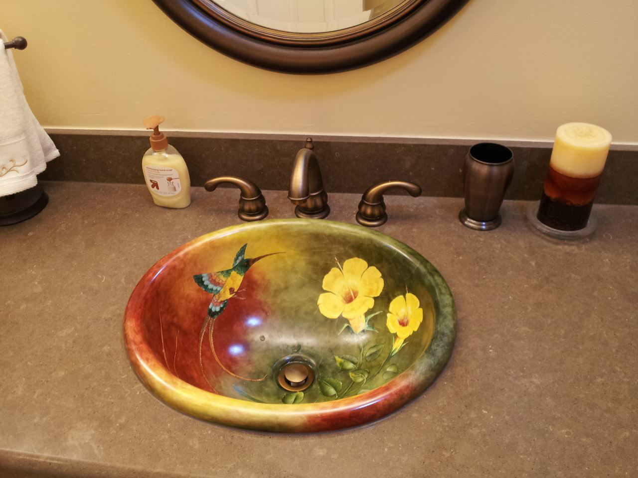 Picture of Hand Painted Sink - Hummingbird