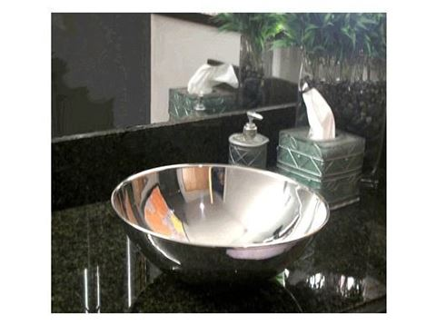 "Umpqua 14"" Round Metal Vessel Sink"