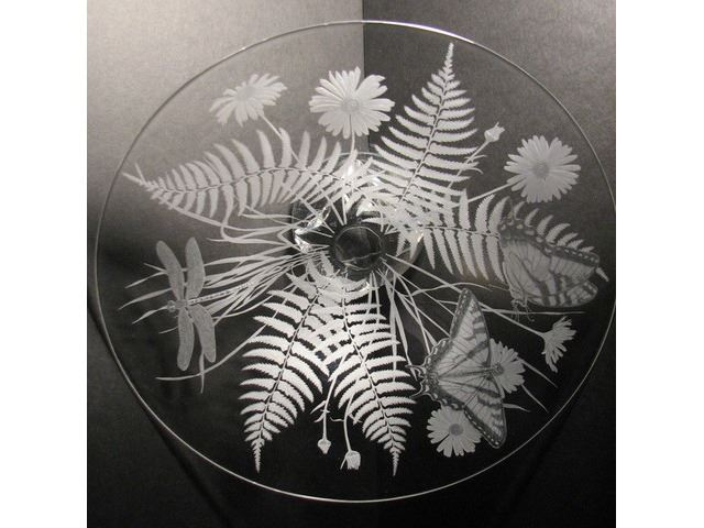 Picture of Ferns and Daisies Etched Glass Vessel Sink