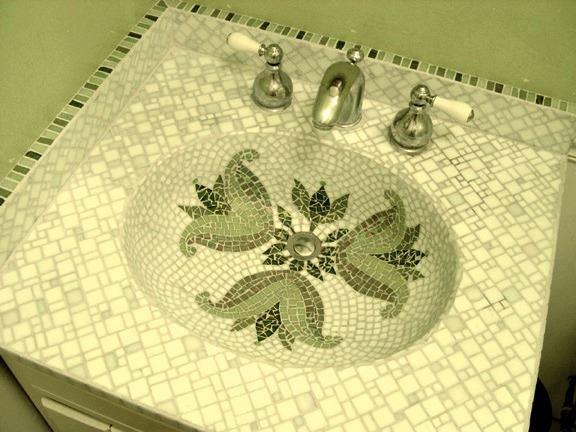 Picture of Emerald Fleur de Lis Integral Bathroom Sink
