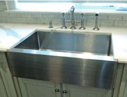Picture of Stainless Farmhouse Apron Front Rounded Front Kitchen Sink